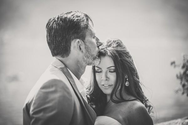 Portrait_bride_and_groom_wedding_lake_of_Como