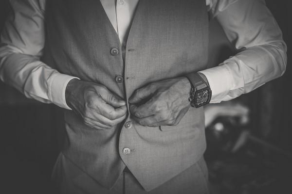 Getting_ready_groom