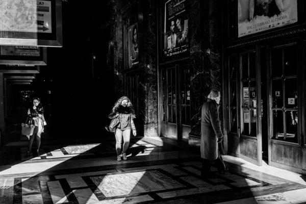 Street Milano bianco nero