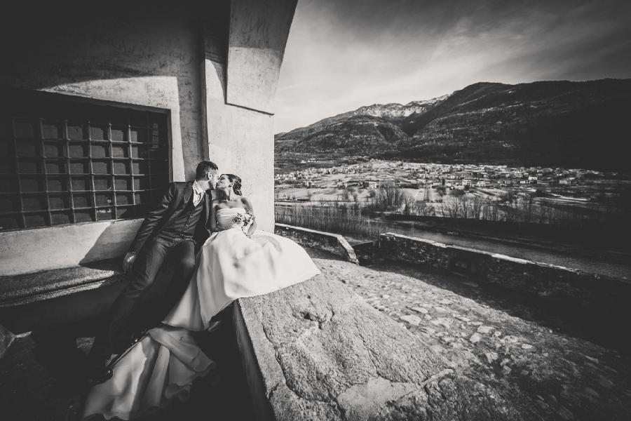 Bride_and_groom_wedding_photographer_lake_como_and_Valtellina